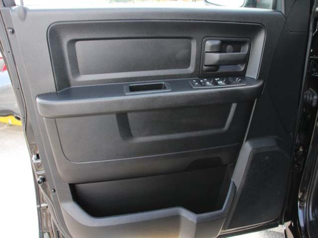2013 Dodge Ram 1500 Quad Cab 4D Quad Cab - 501295 - Image #10