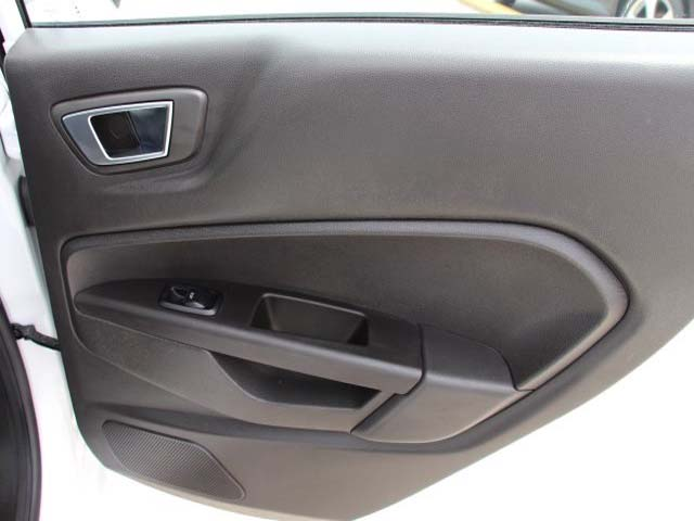 2014 Ford Fiesta  4D Sedan  - 154523 - Image #21