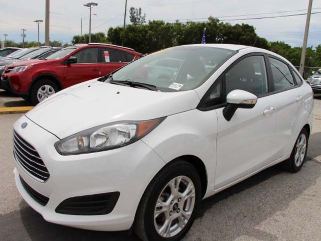 2014 Ford Fiesta  4D Sedan  - 154523 - Image #3