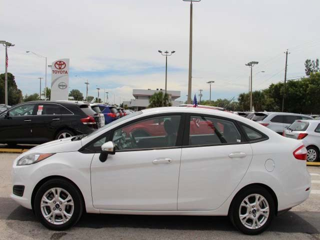 2014 Ford Fiesta 4D Sedan - 154523 - Image #4