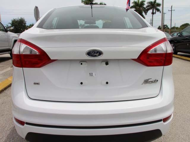 2014 Ford Fiesta  4D Sedan  - 154523 - Image #6