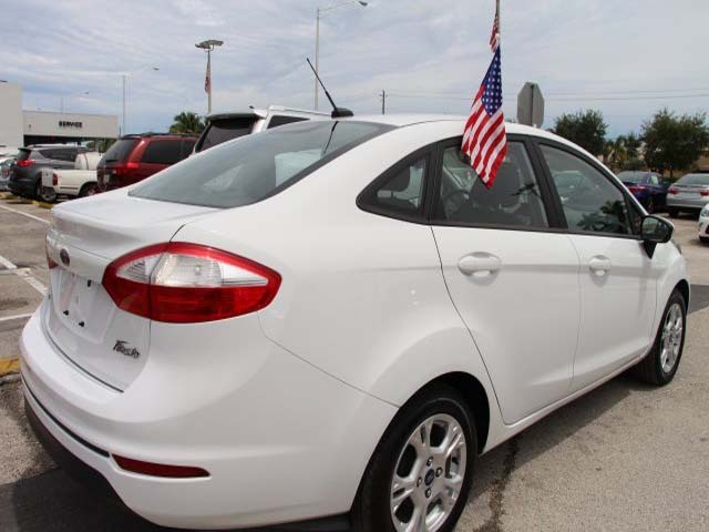 2014 Ford Fiesta  4D Sedan  - 154523 - Image #7