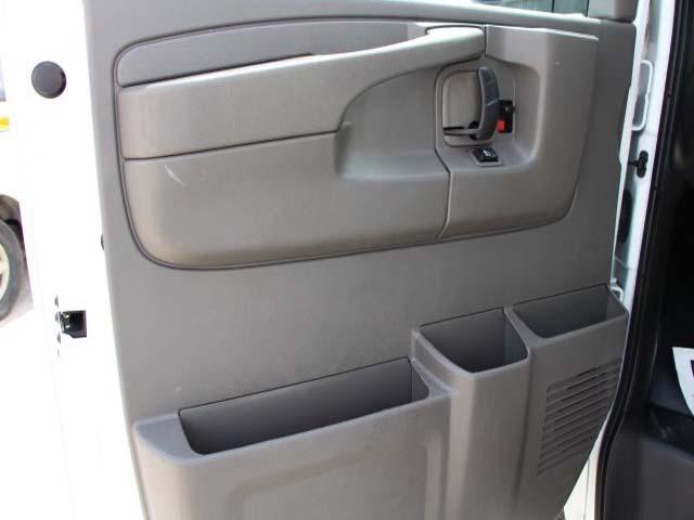 2014 GMC Savana G2500 HD 3D Cargo Van  - 910049 - Image #9