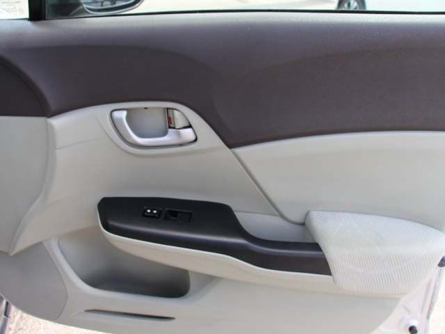 2012 Honda Civic  4D Sedan  - 021262 - Image #22