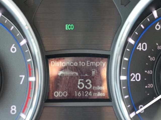 2015 Hyundai Sonata - Image 15