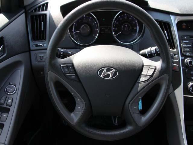 2015 Hyundai Sonata 4D Sedan - 744117 - Image #20