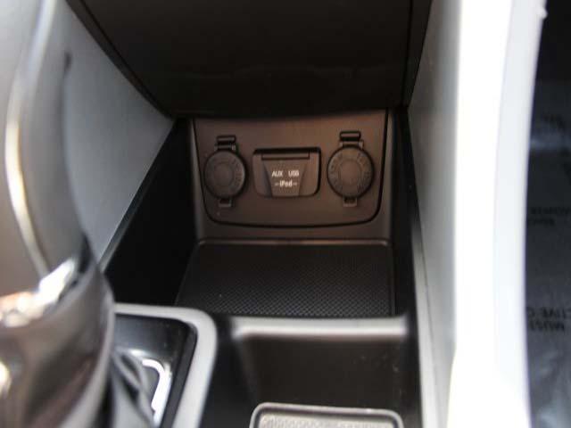 2013 Hyundai Sonata - Image 13