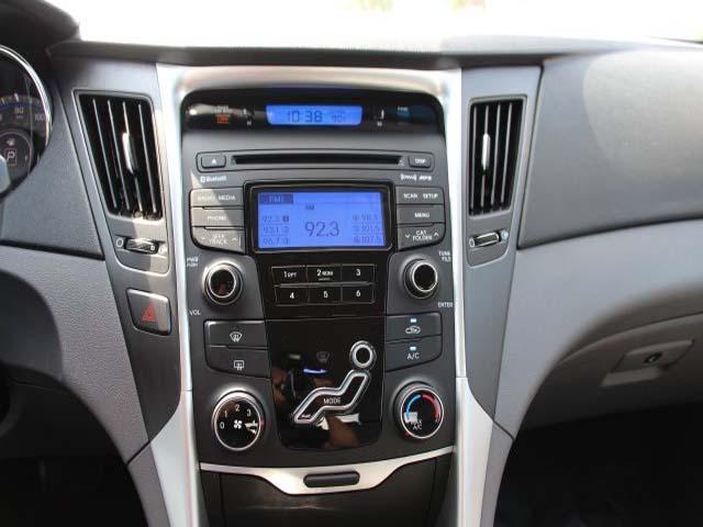 2013 Hyundai Sonata 4D Sedan - 131144 - Image #15
