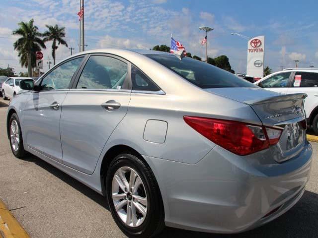 2013 Hyundai Sonata 4D Sedan - 131144 - Image #5