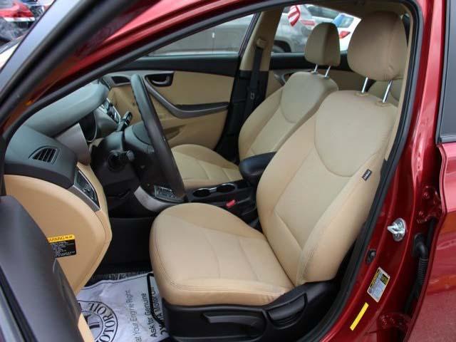2013 Hyundai Elantra - Image 10