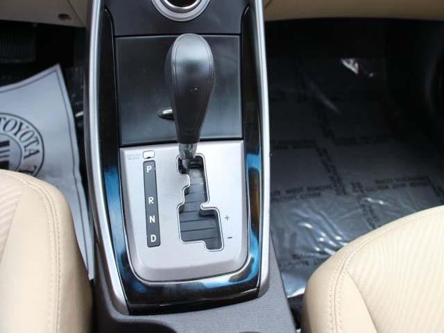 2013 Hyundai Elantra - Image 11