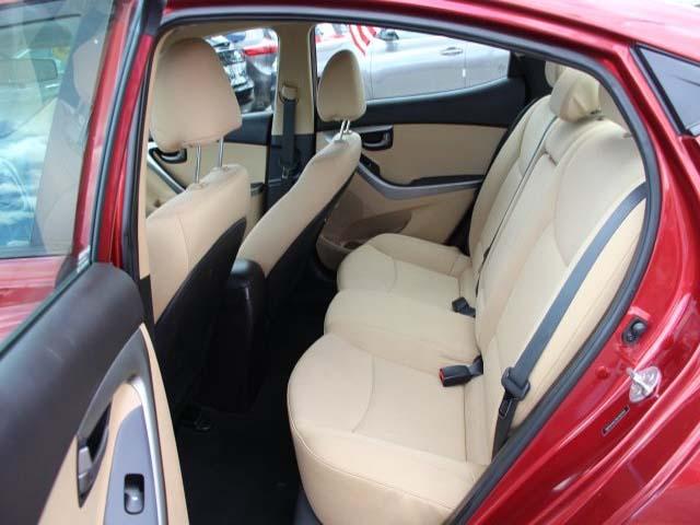 2013 Hyundai Elantra - Image 15