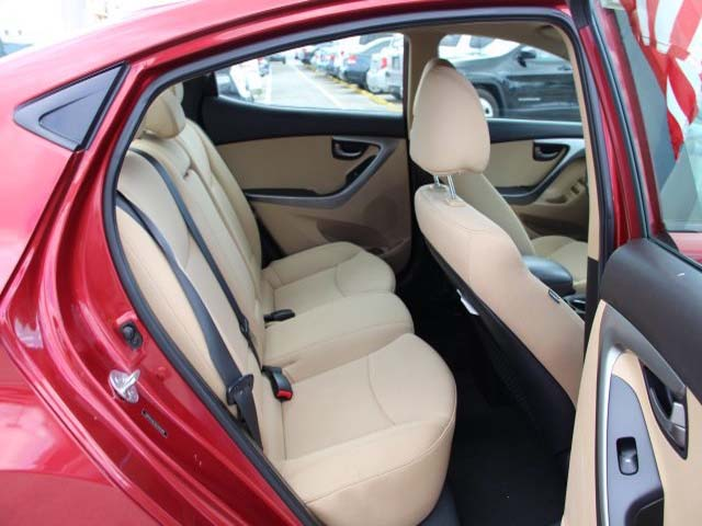 2013 Hyundai Elantra - Image 20
