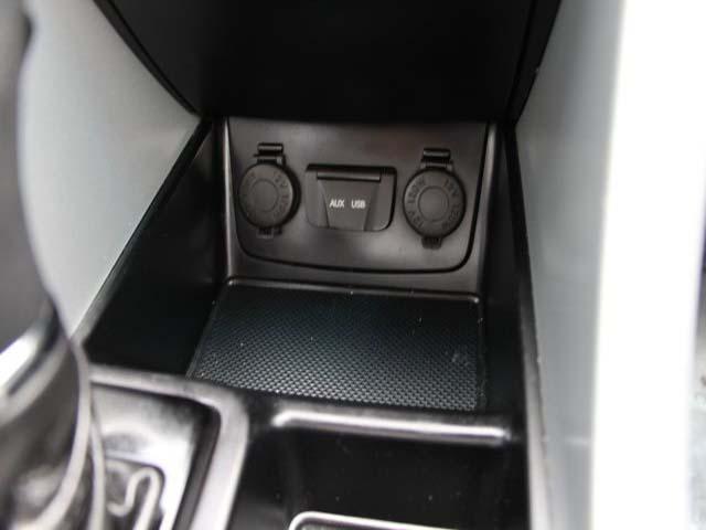 2014 Hyundai Sonata - Image 13