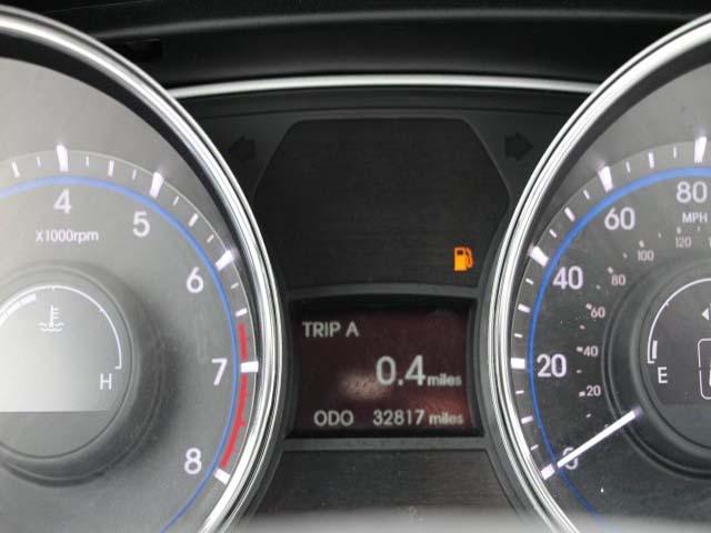 2014 Hyundai Sonata  4D Sedan  - 859082 - Image #16