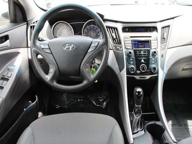 2014 Hyundai Sonata  4D Sedan  - 859082 - Image #19