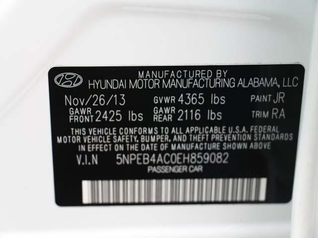 2014 Hyundai Sonata  4D Sedan  - 859082 - Image #9