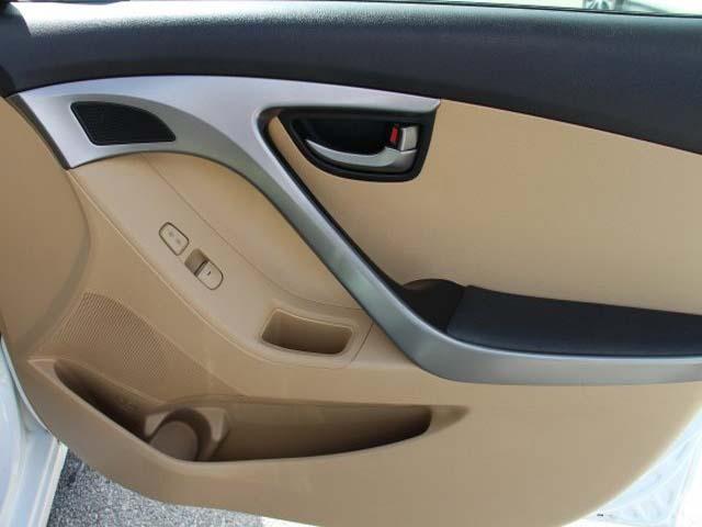 2013 Hyundai Elantra 4D Sedan - 383951 - Image #22