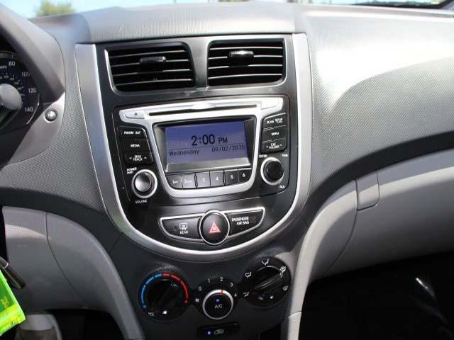 2014 Hyundai Accent 4D Sedan - 672603 - Image #13