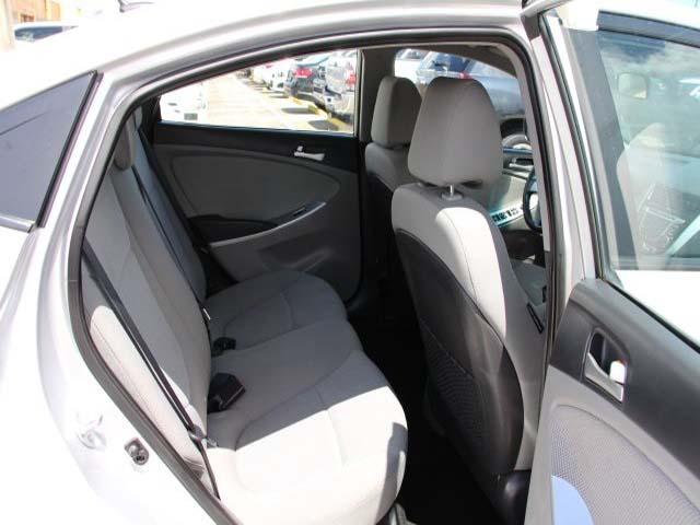 2014 Hyundai Accent - Image 20