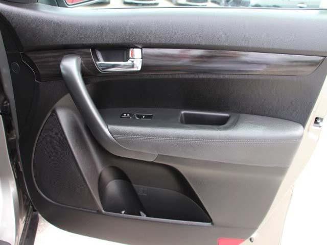 2013 Kia Sorento 4D Sport Utility - 344415 - Image #23