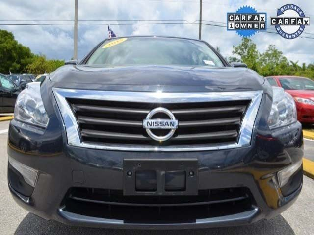 2013 Nissan Altima 4D Sedan - 514001 - Image #2