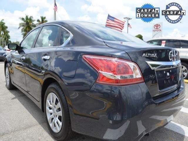 2013 Nissan Altima  4D Sedan  - 514001 - Image #5