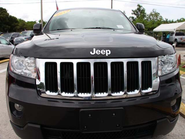 2013 Jeep Grand Cherokee 4D Sport Utility - 555752 - Image #2