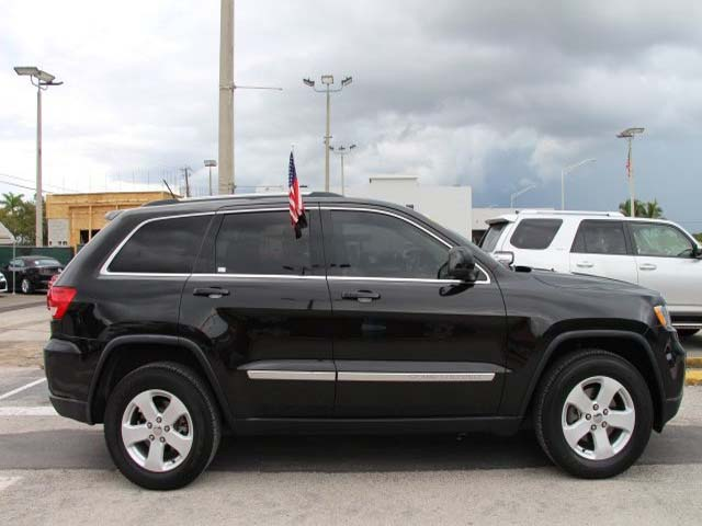 2013 Jeep Grand Cherokee - Image 7