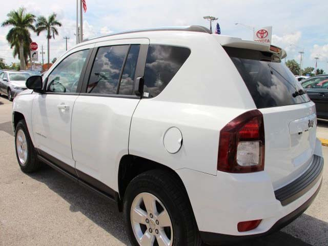2014 Jeep Compass - Image 4