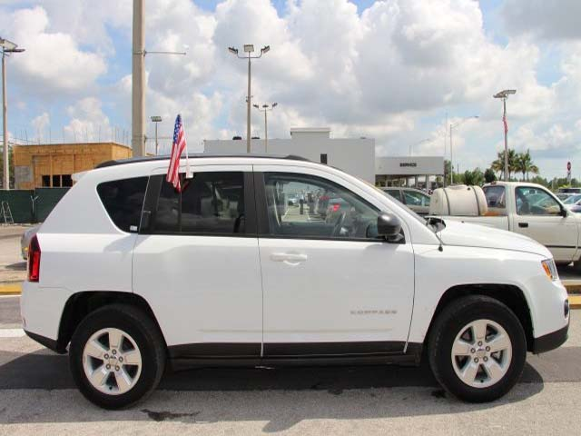 2014 Jeep Compass - Image 7